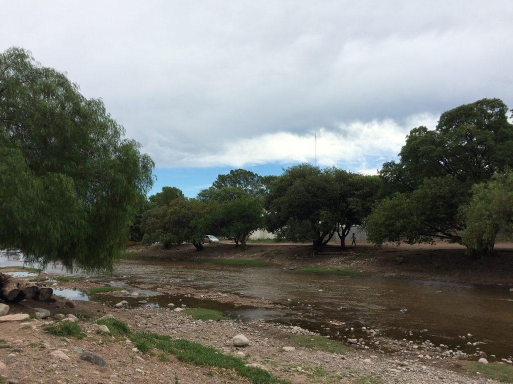 El río de San Marcos Sierras.