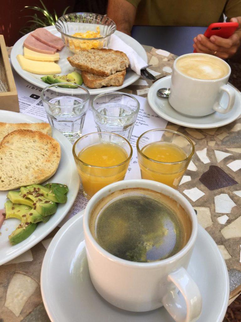 Desayuno UPA